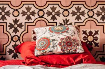 Can unmarried couples share a hotel room in Morocco?